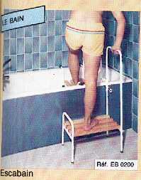 EB 0200 - ESCABAIN - Marche pied pour baignoire...