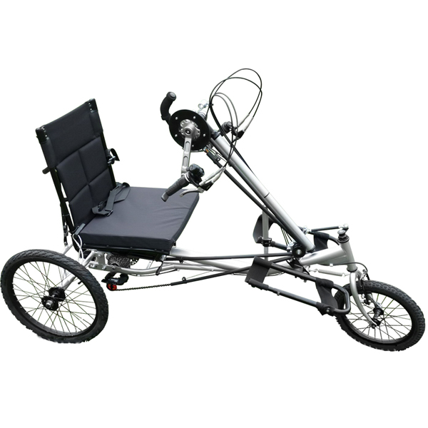 Puma - Tricycle à deux roues arrière propulse par les pi...