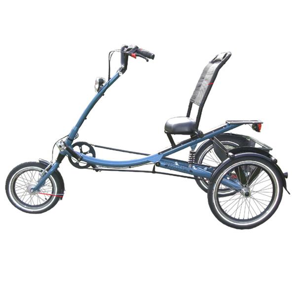 Scootertrike - Tricycle à deux roues arrière propulse pa...