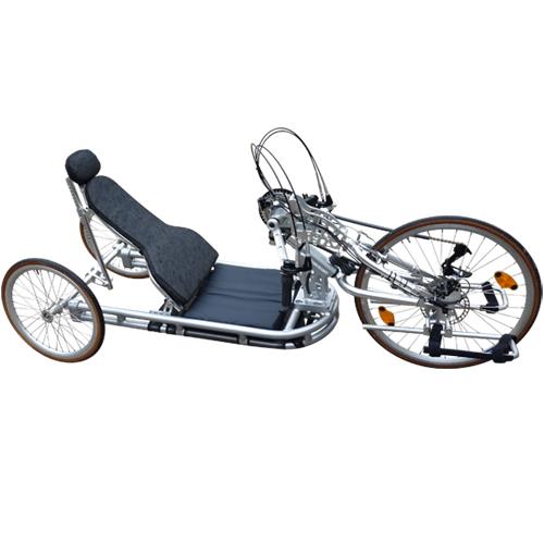 Lupo 20 - Tricycle à deux roues arrière propulse par les...