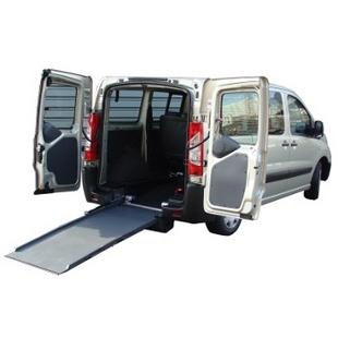 Scudo Combi - Véhicule neuf aménagé pour le transport...
