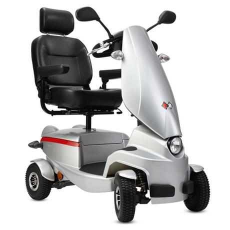 Nox - Scooter a quatre roues...
