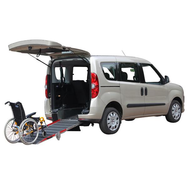 Fiat Doblo simplyaccess - Véhicule neuf aménagé pour le ...
