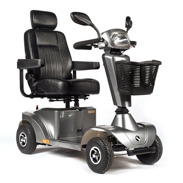 Sterling S400 - Scooter à quatre roues...
