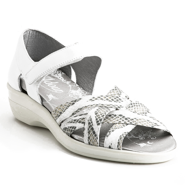 AD 2140 - Chaussure pied sensible...