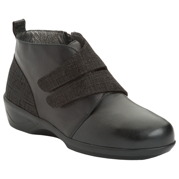 AD 2149 - Chaussure pied sensible...