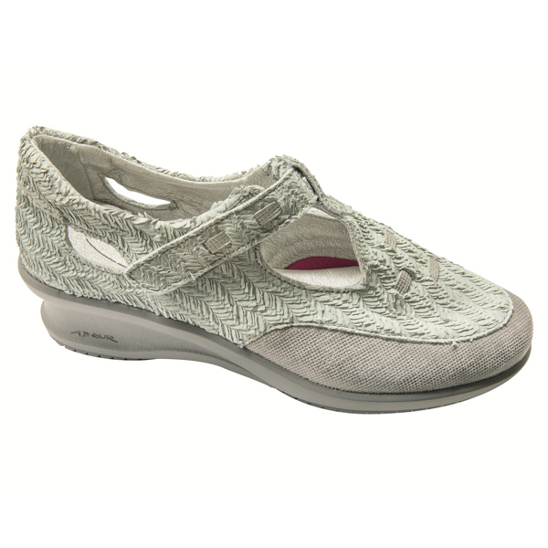 AD 2247 - Chaussure pied sensible...