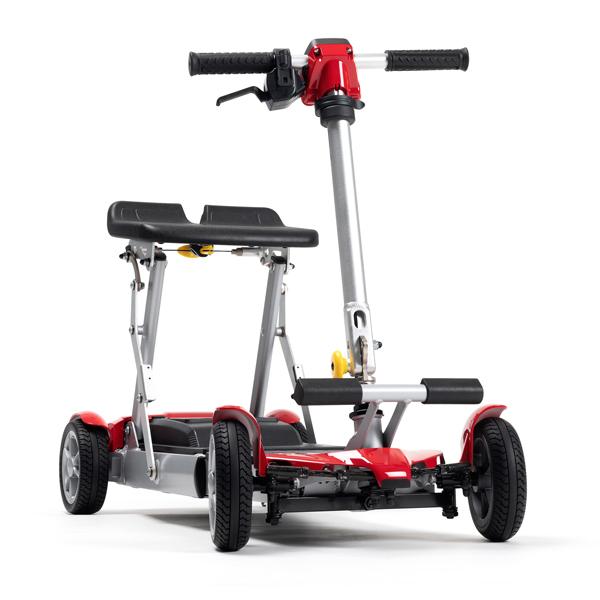 Alya - Scooter à quatre roues...