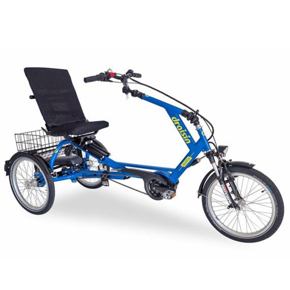 Malta - Tricycle à deux roues arrière propulse par les p...